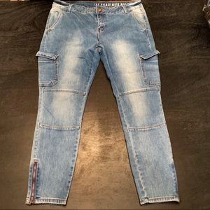Light Wash Mid Rise Skinny Cargo Jeans